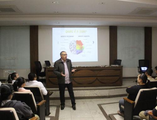 Expocaccer promove palestra motivacional para funcionários