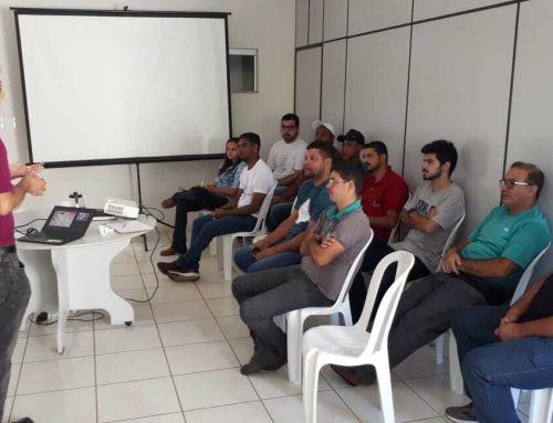 Funcionários dos armazéns da Expocaccer participam de capacitação sobre cafés especiais