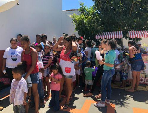 """Campanha da Expocaccer promove o """"Sonho de Natal"""" das crianças do projeto social União Fraterna Hilton Gonçalves Dias"""